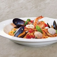 Italianni's on a Silver Platter_ Eats a Celebration! 50% Off on All Pizzas on Feb 23! (5)
