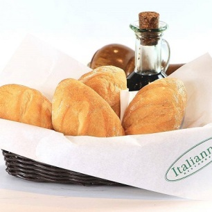 Italianni's on a Silver Platter_ Eats a Celebration! 50% Off on All Pizzas on Feb 23! (8)
