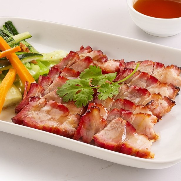 Modern Shanghai Celebrates Chinese New Year with New Dishes! (4)